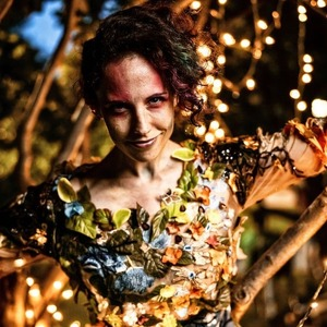 An actress in costume during a performance of Midsummer Night's Dream in 2021